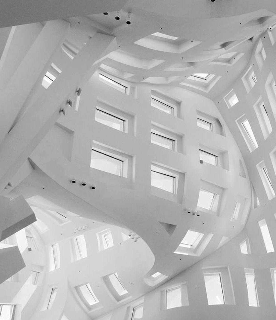 Cleveland Clinic Lou Ruvo Center - Frank Gehry